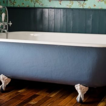 Blue victorian cast iron Roll Top Victorian Bath