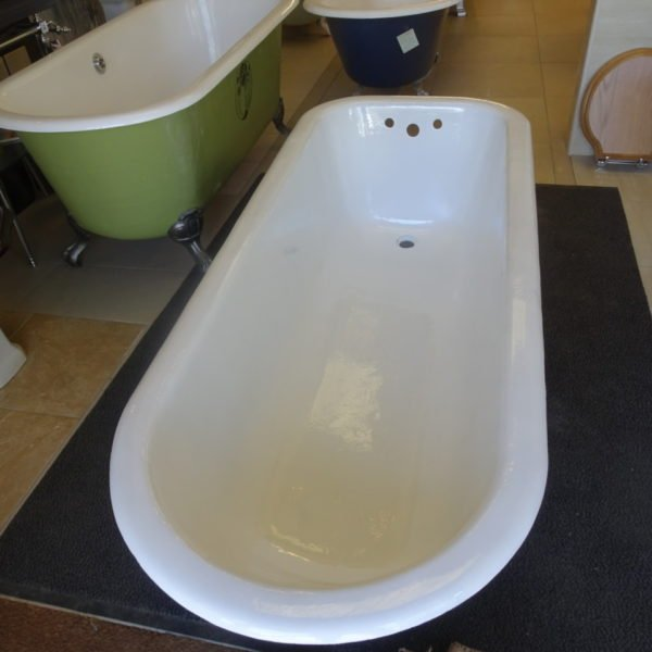 vitreous enameled roll top bath