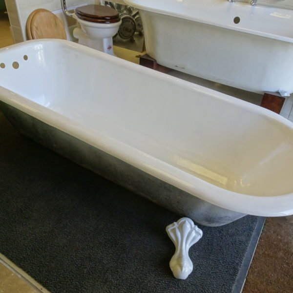 Vitreous Enamel Bath – Whitstone