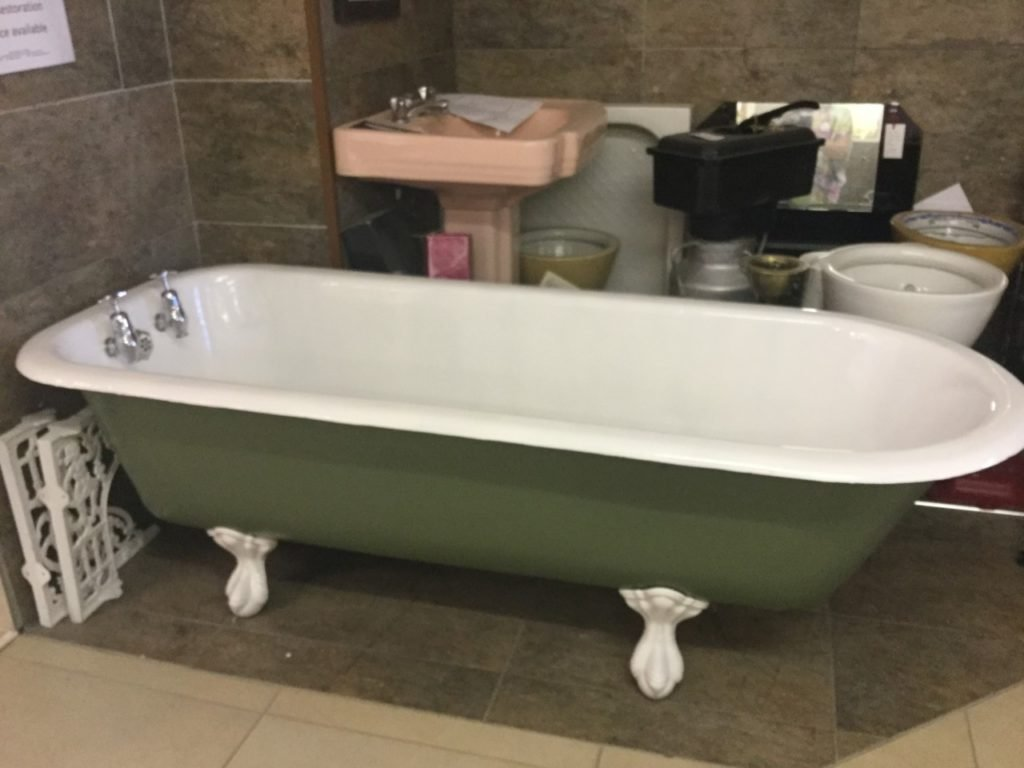 Original cst iron roll top bath