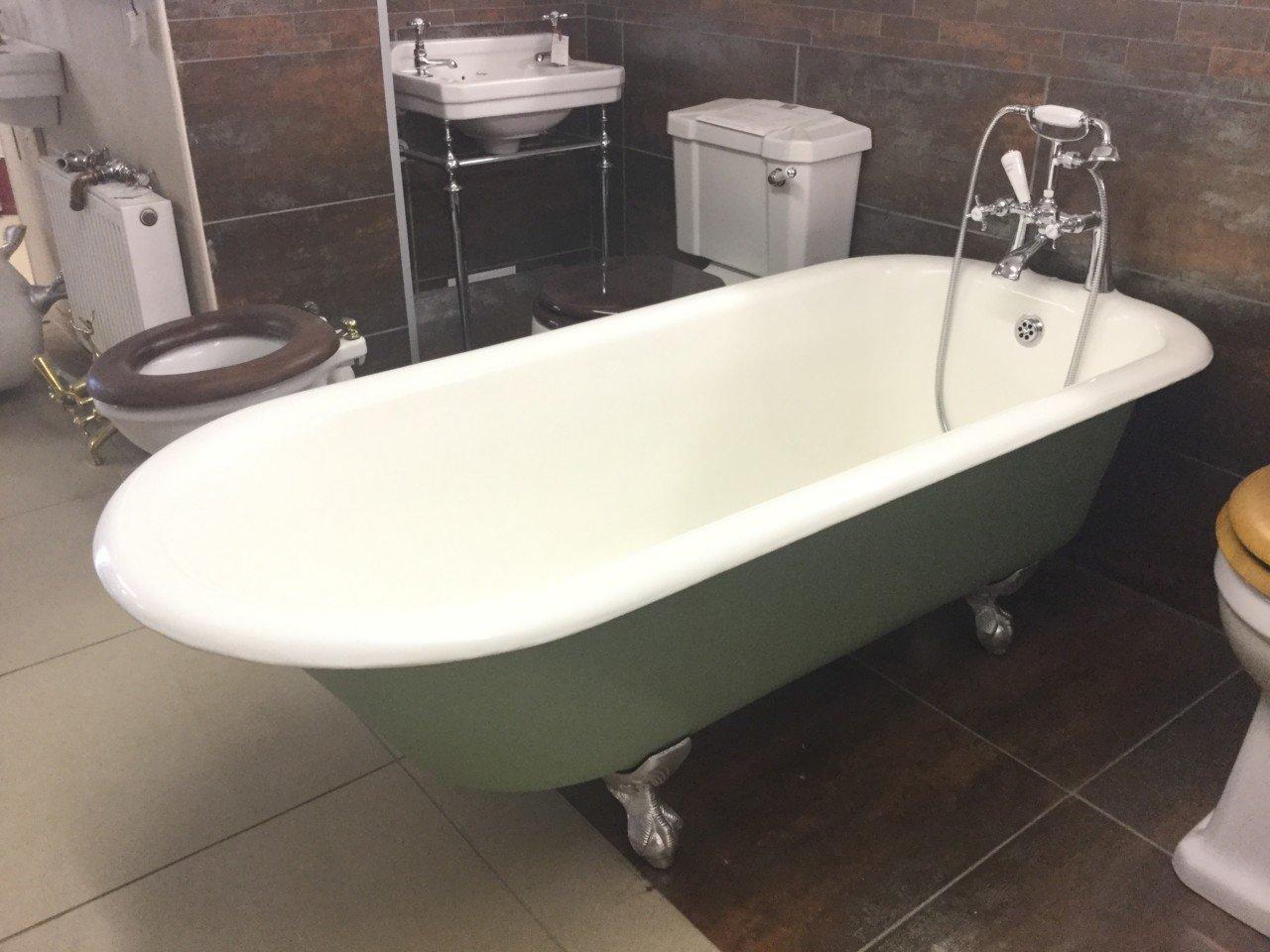 Roll Top Bath – Chamberlain
