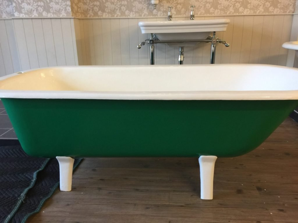 Small bath restoration