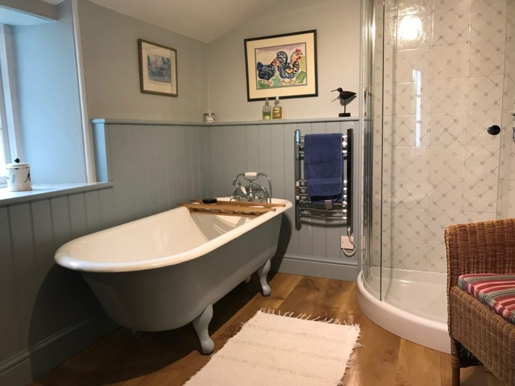 After cast iron bath restoration