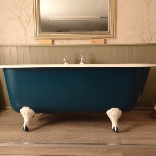 french roll top bath - bayard