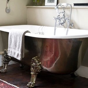 Restored roll top baths from Antique Baths of Ivybridge